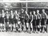 Mužstvo ŠK Nová Baňa pred priateľským zápasom so Sláviou Banská Bystrica